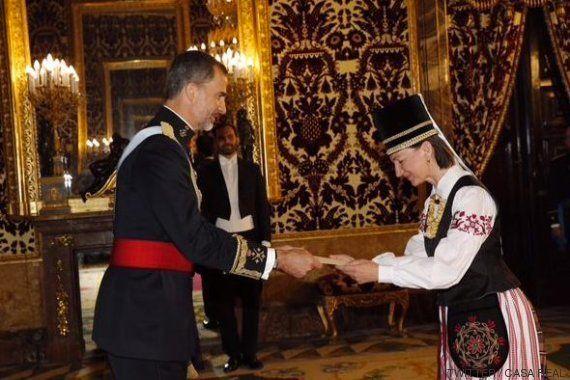 Así ha entregado sus cartas credenciales la embajadora de Lituania al rey