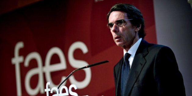 Aznar dice que seguirá trabajando por España pero desde