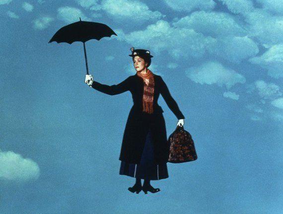 50 años de 'Mary Poppins': 18 razones que la convierten en la mejor niñera de todos los tiempos
