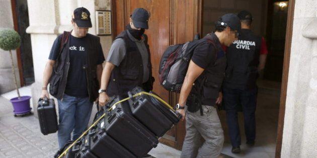 La Guardia Civil registra la sede de la fundación de Convergència por