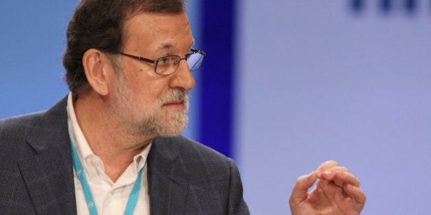 Rajoy critica la política de