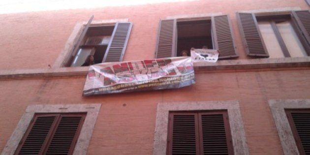 Un grupo proetarra asalta la sede de la Agencia Efe en