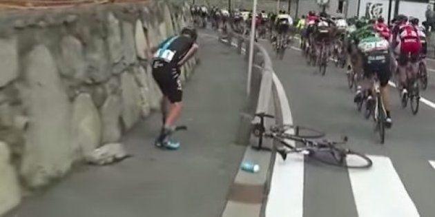 Chris Froome abandona la Vuelta a España con una fractura en un