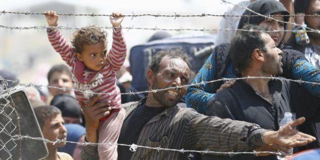 Mueren tres niños en un incendio en un campo de refugiados sirio en