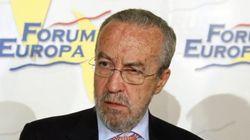 El asesor de Rajoy Pedro Arriola sufre un