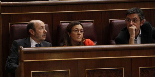 Rubalcaba se ablanda y trata con los barones la posibilidad de un congreso