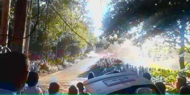 Mueren seis personas arrolladas por un coche en el Rally de A