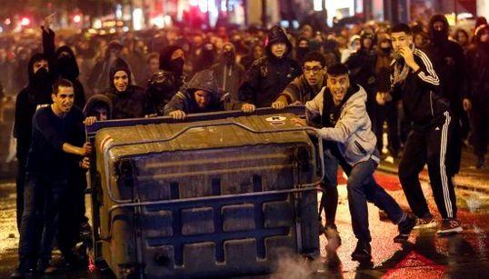 Arde Barcelona: la protesta de Can Vies en 11