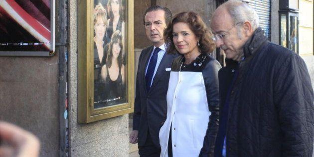 Botella pide a la Virgen de la Almudena por las víctimas del terrorismo y la unidad de