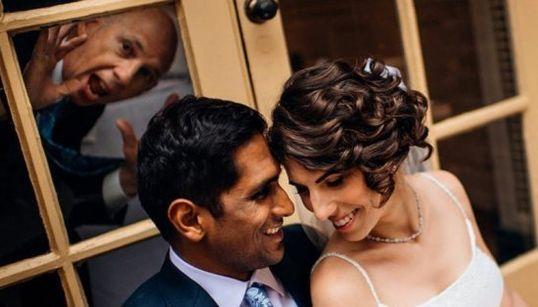 17 'photobombs' en bodas que llegaron justo a