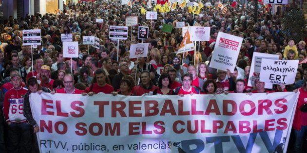 Protestas multitudinarias en Valencia en contra del cierre del Canal