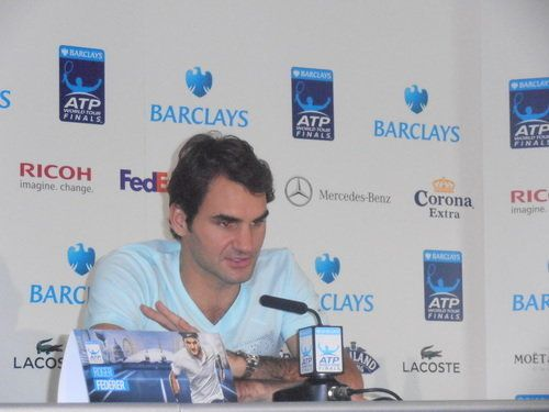 Federer derriba a Del Potro y se cita con Nadal en