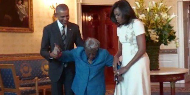 Esta mujer de 106 años es la persona más feliz del planeta al conocer a los