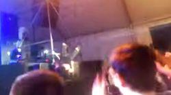 El porrazo de Mario Vaquerizo en un concierto