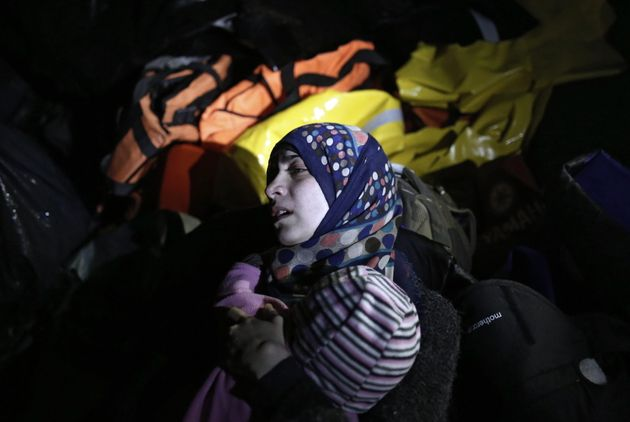 Europa tiene que contribuir al final del conflicto sirio con una sola