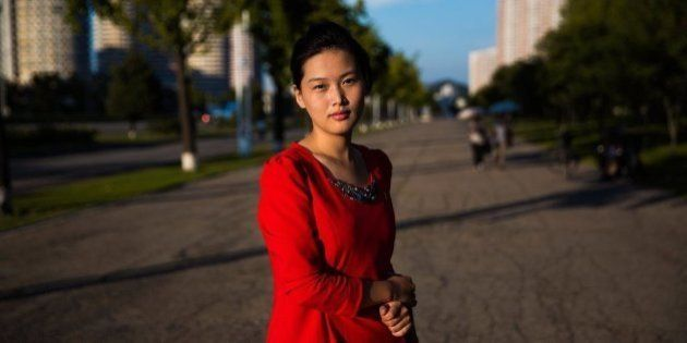 Estas fotos de mujeres de Corea del Norte muestran las fronteras de la