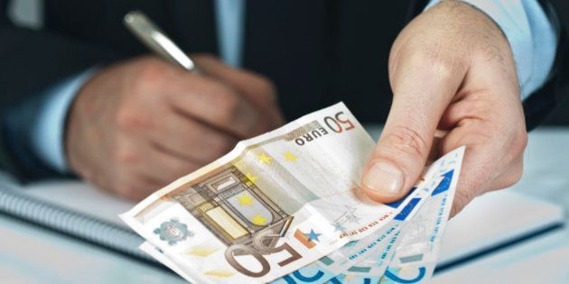 Sueldos en España: El salario medio en España fue de 1.869,1 euros en 2013