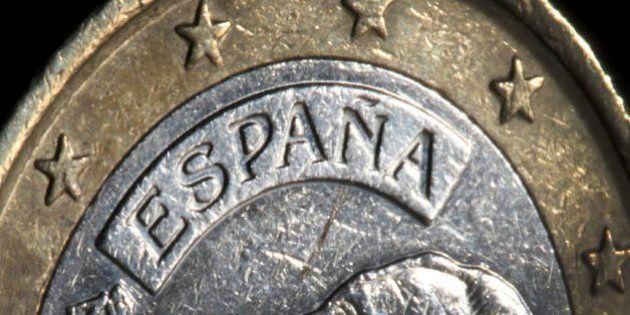 Bruselas pide cambios en los presupuestos para que España cumpla el objetivo de