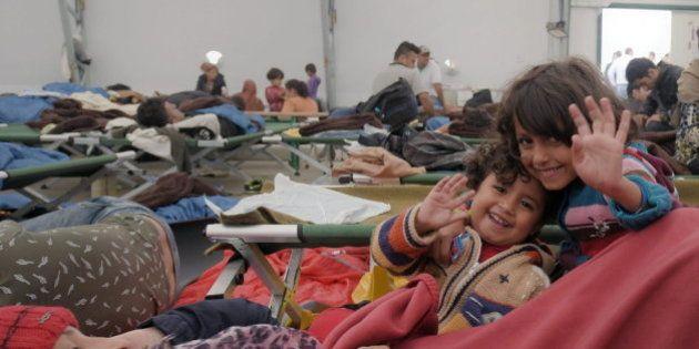 Persecución, caminata, lluvia... y las primeras sonrisas de los refugiados