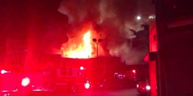 Al menos nueve muertos y 25 desaparecidos por un incendio en una fiesta en