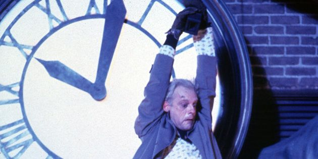La primera imagen de Christopher Lloyd, Doc en 'Regreso al futuro', en 'The Big Bang