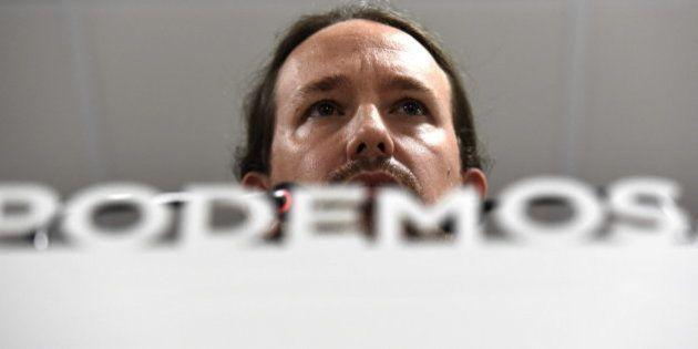 Pablo Iglesias reta por carta a Rajoy, Sánchez y