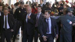 Chaves y Griñán, increpados en los juzgados: