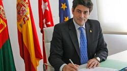 El alcalde de Alcorcón que cargó contra las feministas denuncia