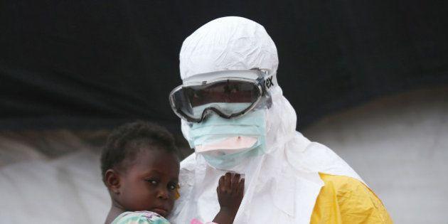 Sierra Leona ve alejarse el fin de la epidemia del ébola con cuatro nuevos