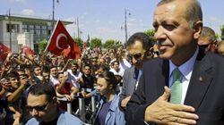 Los seguidores de Erdogan pierden los papeles en una