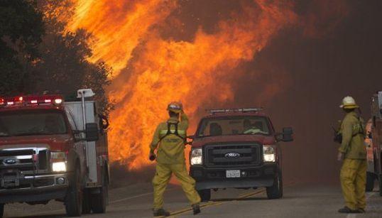 Las impresionantes imágenes del 'Incendio de Arena' en