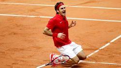 Federer hace aún más grande su