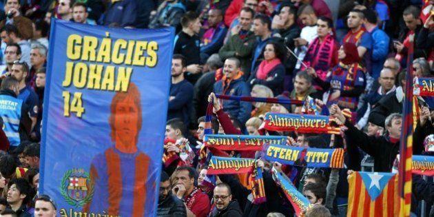 Así ha sido el emotivo homenaje del Camp Nou a Johan