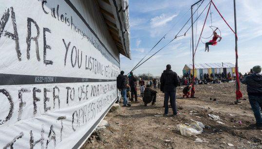 Un rayo de esperanza para los refugiados de Calais