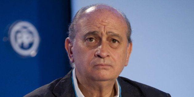 Fernández Díaz aboga por una intervención militar internacional para acabar con la guerra en
