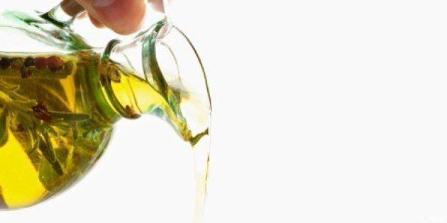 El Gobierno prohíbe el uso de aceiteras rellenables en la