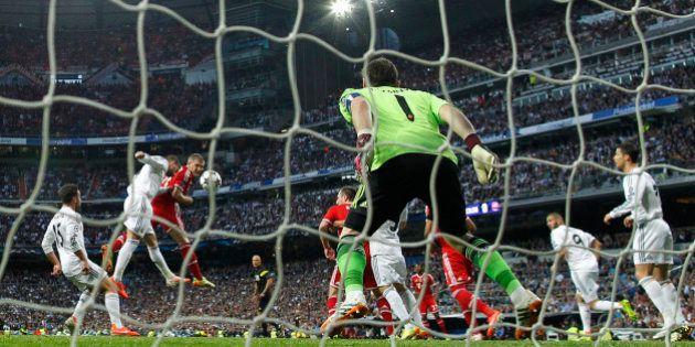 La UEFA cierra parcialmente el Bernabéu por gritos racistas durante el Real Madrid-Bayern de