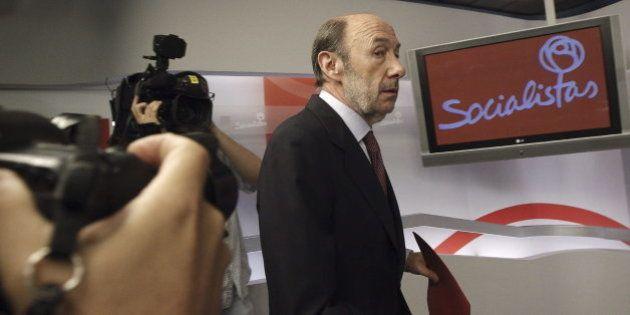 El PSOE retrasa una semana su congreso y hará la consulta a militantes el día de la final del