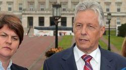 Dimite el ministro principal norirlandés tras la detención de un miembro del Sinn