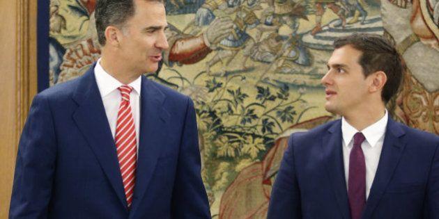 Rivera propone al rey un gobierno de PP, PSOE y C's sin Rajoy o una abstención para el