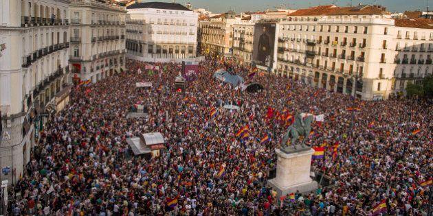 9 impresionantes fotos aéreas de las protestas por la