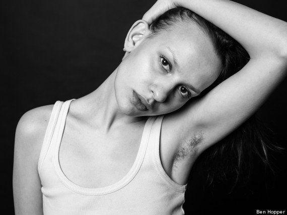 El fotógrafo que quiere cuestionar los estándares de belleza con mujeres sin depilar