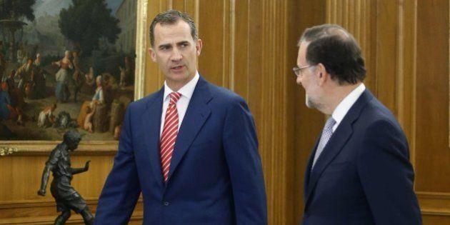 Rajoy acepta el encargo del rey pero no garantiza que se presentará a la