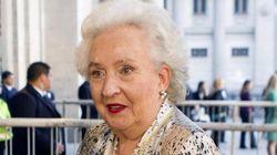 Pilar de Borbón admite la sociedad en