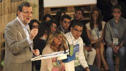 Miembros de Nuevas Generaciones interrumpen el discurso de Rajoy: