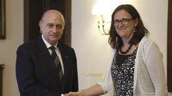 El paso 'hacia atrás' de la comisaria europea que criticó las