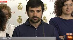 La pillada a micrófono abierto a un senador de Podemos que no es lo que