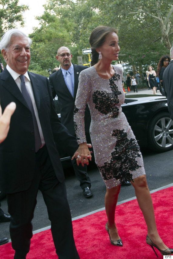 Isabel Preysler y Vargas Llosa confirman su relación acudiendo de la mano a una fiesta en Nueva