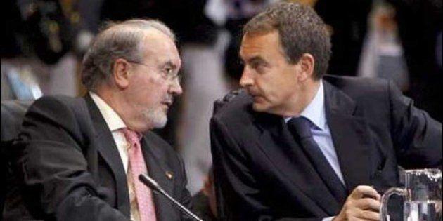 Solbes dice que advirtió a Zapatero de la crisis en 2009 pero que éste le
