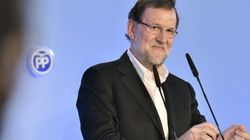 Rajoy 'pasa' de polémicas y se pone el traje de candidato total: